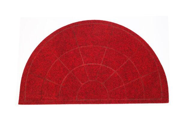 punainen puolikaaren muotoinen kynnysmatto