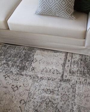 harmaa atrium matto